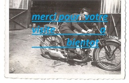 PHOTO Moto Motocyclette ( Habitation Garage Vélo ) - Coches