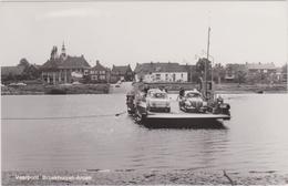 Broekhuizen - Arcen - Veerpont - Oud - Netherlands