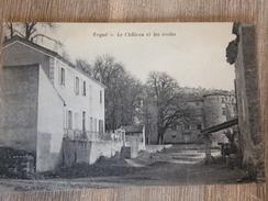 CPA VOGUE LE Chateau Et Les écoles - Autres Communes