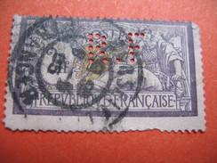 Perforé  Perfin  Référence Ancoper France  : RF30 - Gezähnt (Perforiert/Gezähnt)