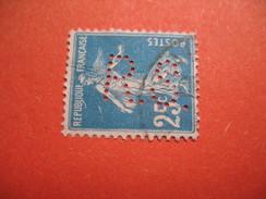 Perforé  Perfin  Référence Ancoper France  : RS56 - France