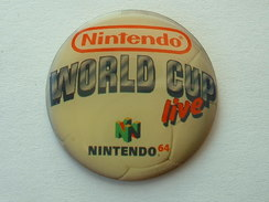 PIN´S  NINTENDO WORLD CUP LIVE - Jeux