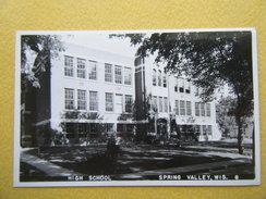 SPING VALLEY. L'Ecole Secondaire. - Etats-Unis