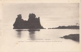 """Océanie - Nouvelle-Calédonie - Précurseur Hienghen - Tours """"Notre-Dame"""" Roches Basalte -  Editeur Bergeret - New Caledonia"""