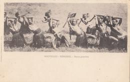 Océanie - Nouvelle-Hébrides Vanuatu - Précurseur - Guerriers Danses -  Editeur Bergeret - Vanuatu