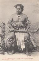 Océanie - Archipel Fidji - Précurseur -  Chef Fidjien En Costume De Guerre - Editeur Bergeret - Fidji