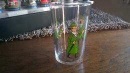 TINTIN VERRE PROFESSEUR TOURNESOL   HERGE - Tintin