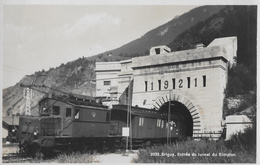 BRIG → Krokodil-Lokomotive Bei Der Ausfahrt Aus Dem Simplon-Tunnel, Ca.1945 - VS Valais