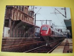 TRAIN 9845 - TIRAGE 100 EXEMPLAIRES - 93 ST DENIS JUILLET 1998 UNE RAME TGV PBKA THALYS PASSE EN G... - PHOTO J. FOURNOL - Saint Denis