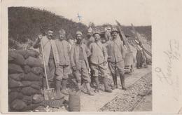 VILLERS Les MOINES - CHARNY Sur MEUSE - Carte Photo De Militaires Dans Le PC Venise En Juin 1917. ( Carte Animée ). - France