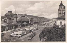 DRESDEN - Hauptbahnhof Um 1935, Alte Strassenbahn, Autobusse, Fotokarte Nicht Gelaufen - Dresden
