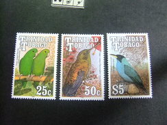 TRINIDAD & TOBAGO 1990 OISEAUX Yvert 659-652-654 ** MNH - Trinidad & Tobago (1962-...)