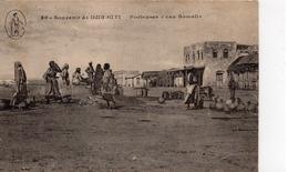 Djibouti.. Très Animée Porteuses D'eau Somalis - Djibouti