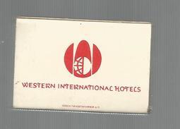 G-I-E , Tabac , Boite, Pochette D'ALLUMETTES, Publicité, 2 Scans , Western Intl. Hotels , Hotel SCANDINAVIA , Kobenhavn - Matchbox Labels