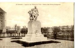 D91 - Corbeil - Square De L' Hôtel De Ville - Statue Des Frères Galignani  - : Achat Immédiat - Corbeil Essonnes