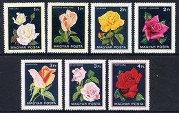 HUNGARY 1982 Roses  MNH /**.  Michel 3548-54 - Roses