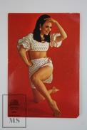 1971 Small/ Pocket Calendar - Sexy Dress Pin Up Brunette Girl - Calendarios