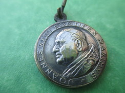 Médaille Ancienne Religieuse/Italie / Rome/ Jean XXIII/Pontifex Maximus /Vers 1958 - 1963          CAN269 - Religion & Esotericism