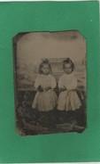 Photo Ancienne Sans Doute Daguerréotype Portrait De Deux Petites Filles Soeurs Blondes - Fotos