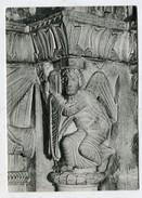 CHRISTIANITY  - AK297757 Genève - Cathédrale Saint Pierre - Homme Ailé Tenant Un Livre Symbole De Saint Matthieu - Churches & Convents