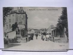 61 - ALENCON - LA PLACE D'ARMES - VUE DES PROMENADES - ANIMEE - 1919 - Alencon