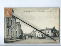CPA - Bouaye  - (Loire .Inf.) - La Place Prise De La Grande Rue - Bouaye