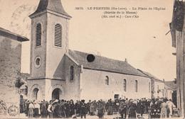 LE PERTUIS  - La Placede L'Eglise ( Sortie De La Messe )  (Alt. 1026 M.)