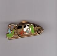 Pin's Voiture / Prévia (signé Toyota - Arthus Bertrand) - Toyota