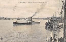 33 - GIRONDE / Blaye - Le Départ Du Bateau De Blaye - Blaye