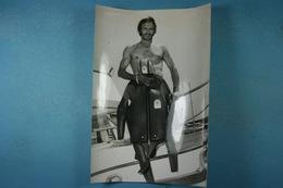 Guy Noël Va S'attaquer à Le Traversée Cap Corse-Nice à La Nage 3/8/73 /24/ - Sports