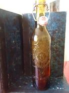 Bouteille De Bière Marquée En Relief  - De Fin Des Années 1920 - France - BRASSERIE FRITZ LAUER - CARCASSONNE - 0.49 L - - Autres Bouteilles
