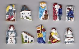 TRES RARE Série Complète 10 Fèves Biscuit émaillé ITINERAIRE DE JEANNE D'ARC / - NEX 2004 - History
