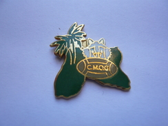 Pin S Sport RUGBY GUADELOUPE NEUF - Rugby