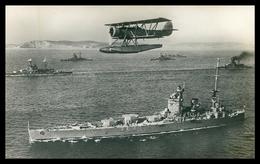 "WAR 1939-45 - Aeroplanos Porta -Torpedos Sobrevoando O Couraçado "" Nelson"" E Outros Navios De Guerra    Cartes  Postales - Weltkrieg 1939-45"