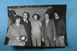 Paris 16/11/79 Remise Du Trophée De La 10ème Course De L'Aurore à Patrick Elies /37/ - Sport