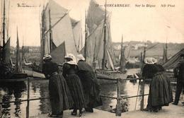 CONCARNEAU -29- SUR LA DIGUE - Concarneau