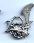 335 (09) - INSIGNE 12 ème BATAILLON DE CHASSEURS ALPINS - Insignes & Rubans