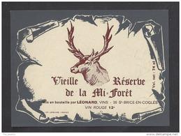 Etiquette De Vin De Table -  Restaurant De La Mi Forêt  à  Liffré  (35 ) - Ets Léonard à Saint Brice(35)  -  Thème Cerf - Etiquettes