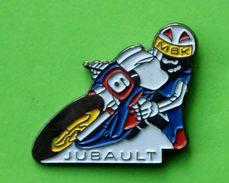 E  17  )..... MOTO....TUBAULT...MBK   N° 6 - Pin's