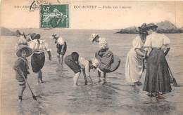 35 - ILLE ET VILAINE / Rotheneuf - La Pêche Aux Lançons - Très Beau Cliché Animé - Rotheneuf