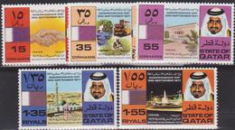 QATAR N° 211/15** - Qatar