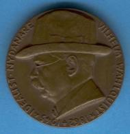 Table Medal L28 WILHELM WAHLQUIST Sweden 1952 Bronze 40mm - Tokens & Medals