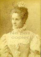 Une Comédienne Ou Chanteuse Par Van BOSCH Vers 1880 - Famous People