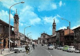 Italy Castano Primo Piazza Mazzini Vintage Cars Street - Italie