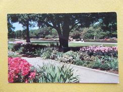 Le Parc Whitnall. Le Jardin Botanique. - Milwaukee