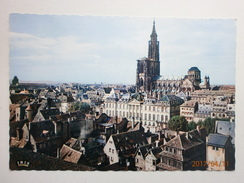 Postcard Strasbourg Le Palais Rohan Et La Cathedrale  My Ref B2983 - France