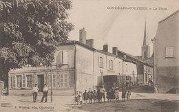 08 Condé Les Vouziers La Place 1908 TB  Animée éditeur Winling Charleville Dos Scanné Angle Plié Mais Présent