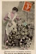CPA Quiconque Recevra Ces Bouquets Merveilleux, Verra Couler Ses Jours, Désormais Tous Heureux - Donne