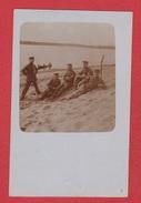 Lituanie  --  Carte Photo --  Soldats Allemands  Sur Les Bords De La Wilija  --avril 1917 - Lituanie