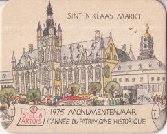 Stella Artois - 1975 Monumentenjaar - Sint Niklaas - Markt -  Ongebruikt Exemplaar - Bierviltjes